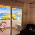 Apartment for rent in Santa Ponsa with sea views, just next to the beach