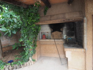 Rustic house (finca) near the village - Bunyola area - Santa Maria del Cami with pool, garden, fruit trees and a lot of potential!